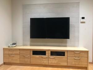 豊明市 F様邸 収納カウンター新設 テレビ壁掛け工事